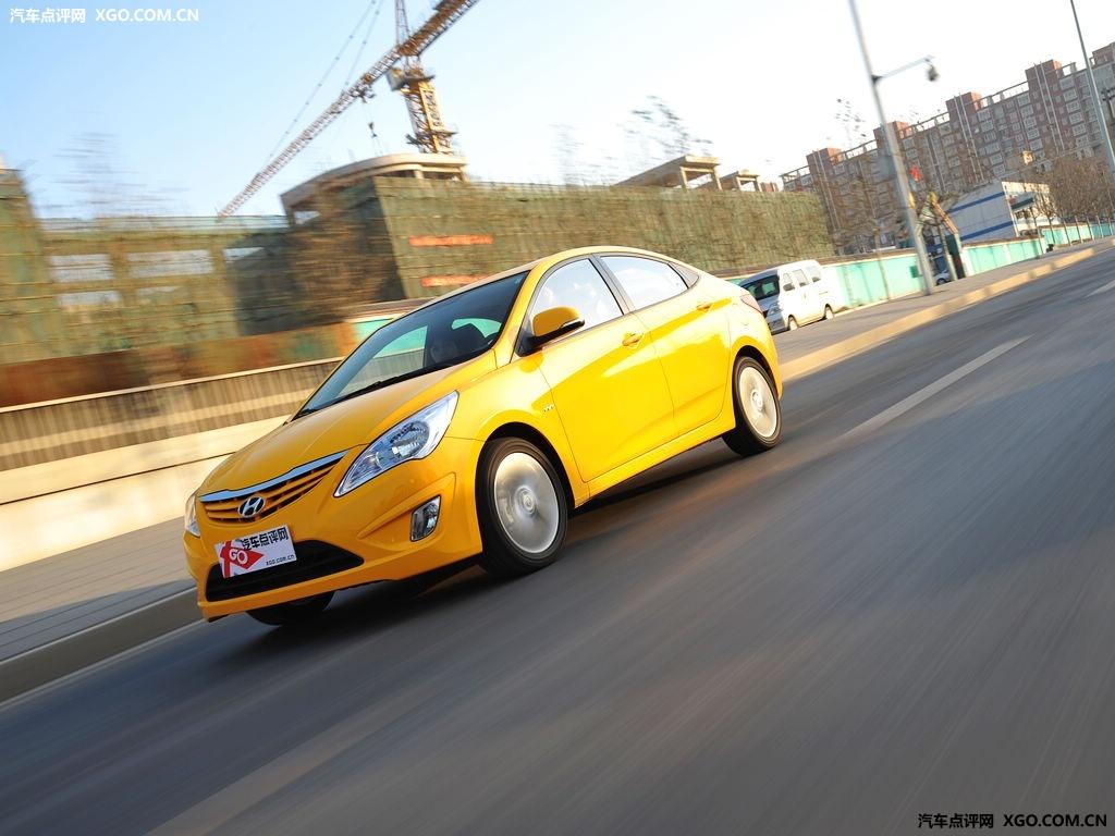 【现代汽车图】北京现代 2010款 瑞纳 1.6 gls at尊贵