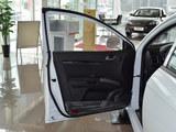 2013款 吉利EC7-RV 1.5L DVVT 手动进取型