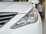 2013款 索纳塔八 2.4L 自动领先版
