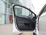 2017款 新蒙迪欧 2.0L HEV 智尊旗舰型