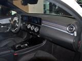 2019款 奔驰A级 A 200 L 运动轿车先行特别版