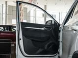 2020款 名爵ZS 全球百万畅销款 1.5L 手动65寸巨幕天窗版